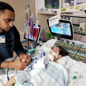 """Usa, è morto il bimbo yemenita che non poteva essere raggiunto dalla mamma per colpa del """"Travel ban"""""""