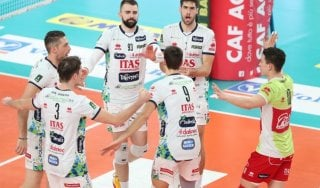 Volley, Superlega: Perugia rischia e vince al tie break. Trento sempre più vicino
