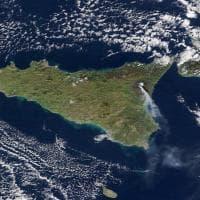 Etna, l'eruzione vista dallo spazio