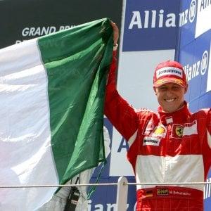 """F1, Schumacher compie 50 anni. La moglie: """"Facciamo di tutto per aiutarlo"""""""