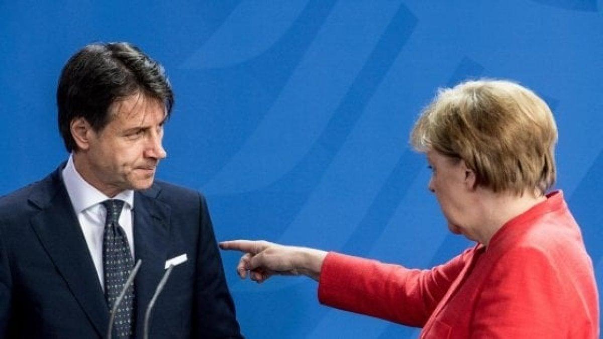 """Governo-Ue, Conte ammette: """"Sì, è vero, diedi una delega di voto a ..."""