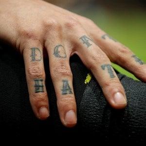 Crollo di edili, boom di tatuatori: in sei anni perse 100mila imprese artigiane