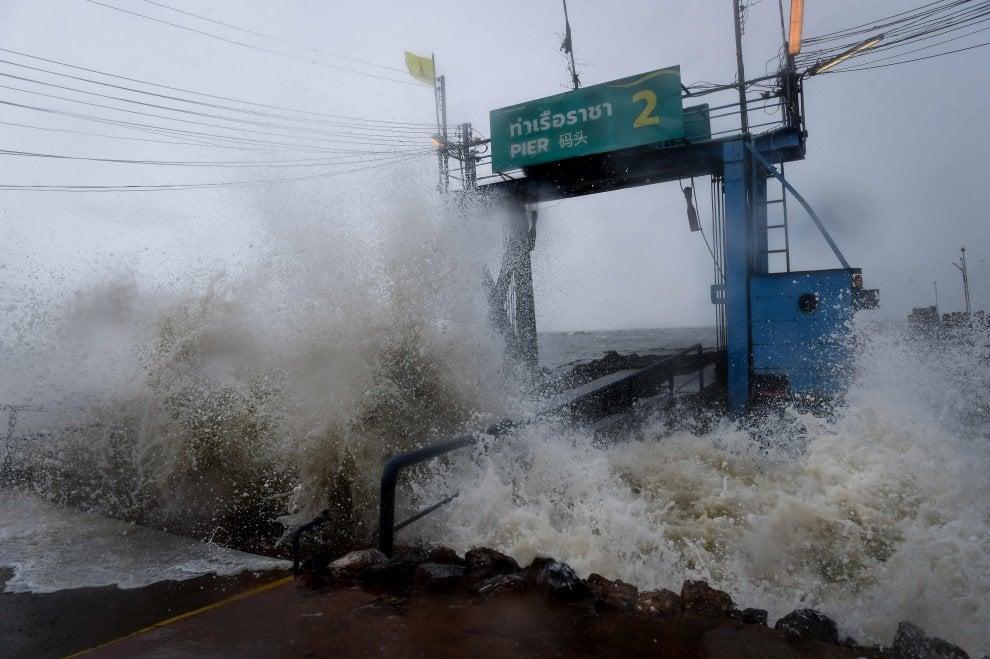 Thailandia, in arrivo Pabuk: la tempesta più devastante degli ultimi 30 anni