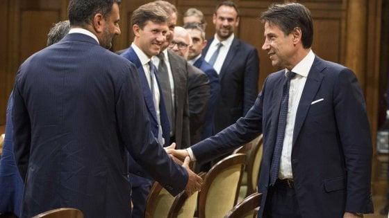 """Dl sicurezza, Di Maio prova a stroncare la fronda 5S: """"Siamo a favore della legge"""". Ma monta la protesta"""