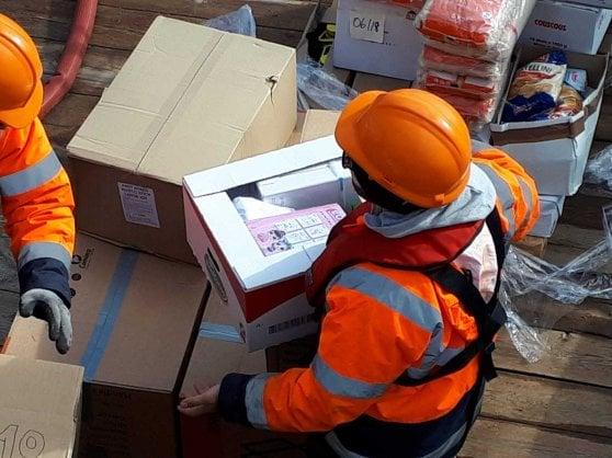 Sea Watch, partita una missione per portare aiuti ai migranti bloccati da due settimane in mare