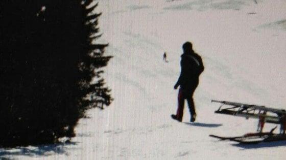 """Bolzano, la piccola di 8 anni morta sullo slittino. """"Segnaletica delle piste solo in tedesco"""", indaga la procura. E' polemica"""