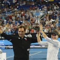 Tennis, ennesimo trionfo per Federer: alla Svizzera la Hopman Cup