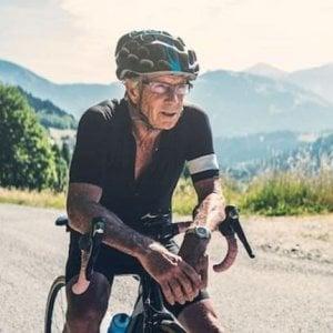 Ciclismo, Usa: positivo a 90 anni, perde titolo nazionale e record del mondo
