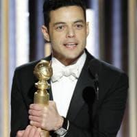 Golden Globe, tutti i premiati posano con la statuetta