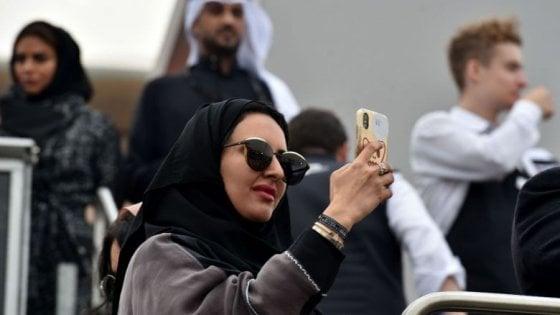Arabia Saudita, un sms per mettere fine ai 'divorzi segreti' e informare le mogli