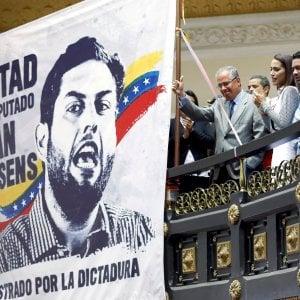 In fuga da Maduro: un giudice della Corte suprema del Venezuela è scappato negli Usa