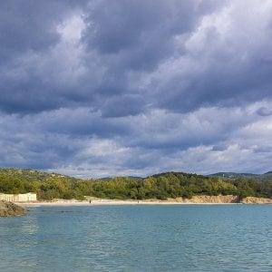 Servitù militari, la spiaggia di Capo Teulada in Sardegna torna libera