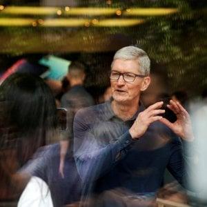 Apple taglia la produzione di iPhone del 10 per cento