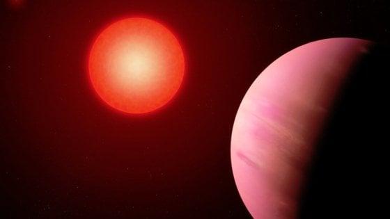 Un pianeta 'nascosto' grande due volte la Terra