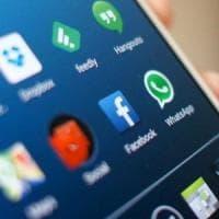 Facebook, l'app non si cancella da alcuni modelli Samsung