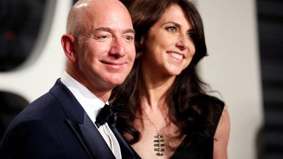 Jeff Bezos e sua moglie MacKenzie hanno annunciato il loro divorzio