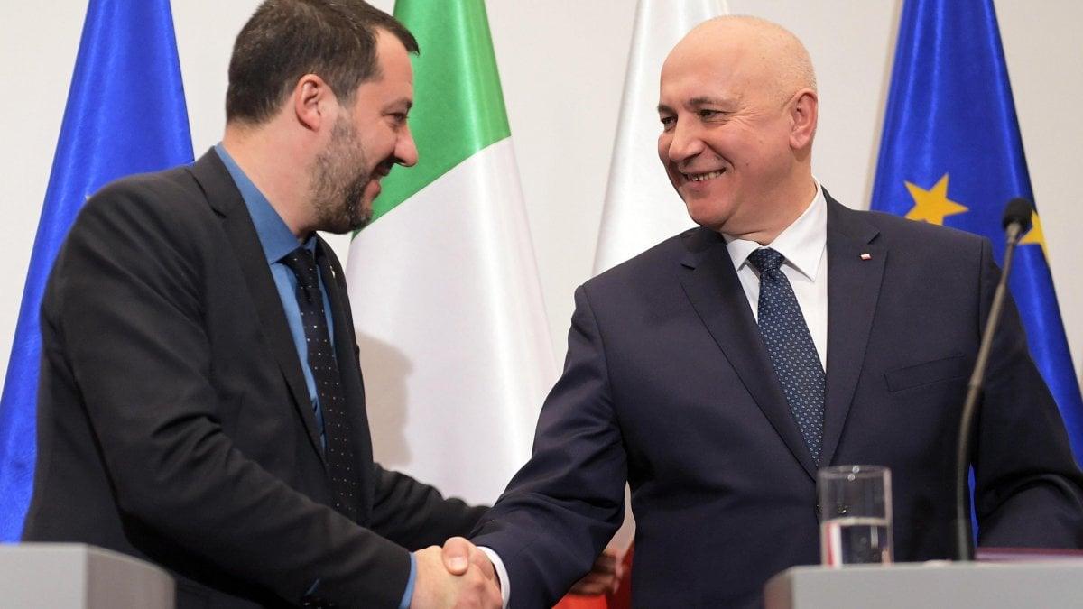 """Salvini: """"In Europa un patto come quello Lega-M5S. Obiettivo sovranisti primo movimento in Ue"""""""