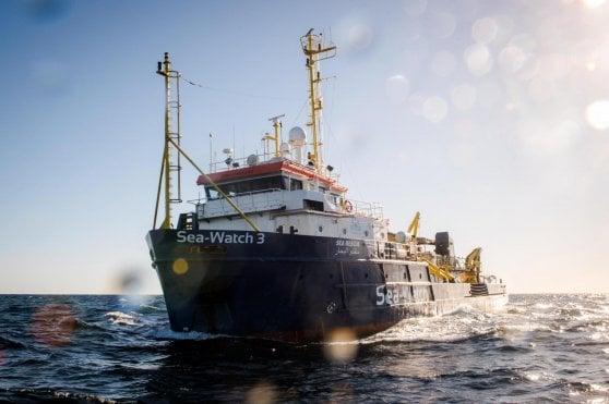 Sea Watch, lite con accordo nel governo. L'Italia accoglierà una decina di persone che saranno affidate alla Chiesa Valdese