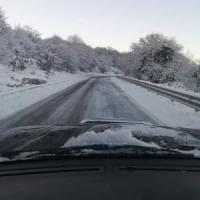 Meteo, weekend di neve e freddo al Centro-Sud. Scuole chiuse in Calabria, Basilicata e Sardegna