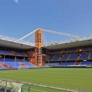Genoa-Milan anticipata alle 15 di lunedì: la protesta dei tifosi