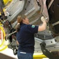 Industria, a novembre crolla la produzione. E la crisi economica non si ferma