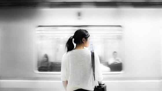 La solitudine ha diverse età, la prima incomincia a 20 anni