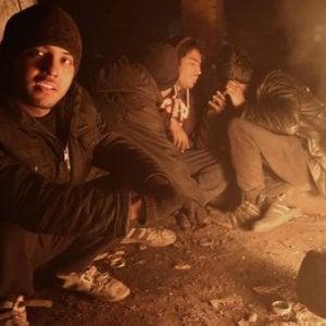 Grecia, i profughi senza diritti nelle isole dell'Egeo: ammassati al freddo e senza cure