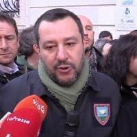 Quella divisa non è di Salvini ma dello Stato