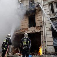 Esplosione in una panetteria a Parigi: tre morti e decine di feriti