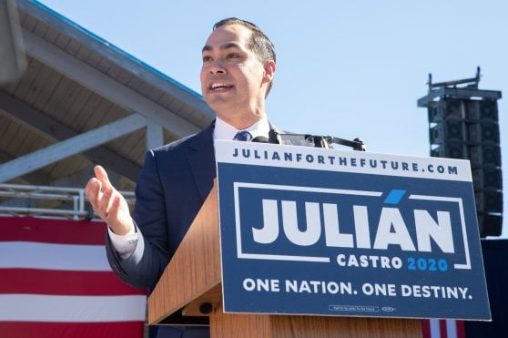 Presidenziali Usa 2020, anche Julian Castro e Tulsi Gabbard si candidano a sfidare Trump