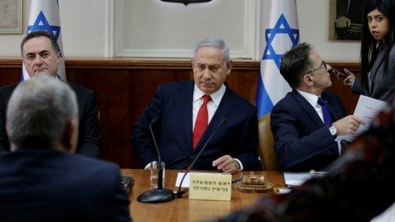 Missili israeliani sull'aeroporto di Damasco, conferma di Netanyahu