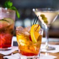 Un anno a tutto cocktail: dall'Old Fashioned allo Spritz ecco i 15 più venduti
