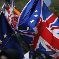 Brexit, lettera Ue sul backstop per aiutare May: