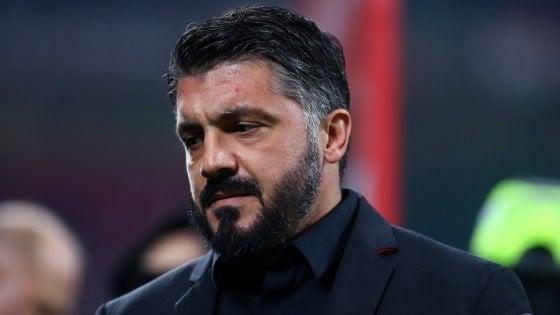"""Il Milan tra attesa e sorrisi: e Higuain """"stende"""" Gattuso in allenamento"""