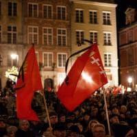 La veglia in memoria di Adamowicz in tutte le città polacche