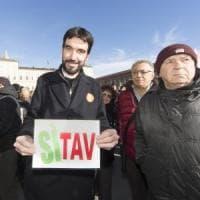 """La cena tra Salvini e i renziani diventa un caso. Martina: """"Noi alternativi alla Lega""""...."""
