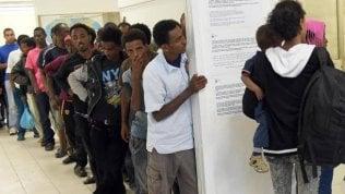 Diritto d'asilo: 2 anni per il primo appuntamento, e minimo 3 mesi per avere la risposta