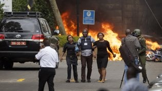 Terrorismo, commando assalta hotel a Nairobi: 15 morti. Al-Shabaab rivendica