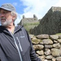 De Niro, visita a Machu Picchu con brivido; il treno si ferma per frana