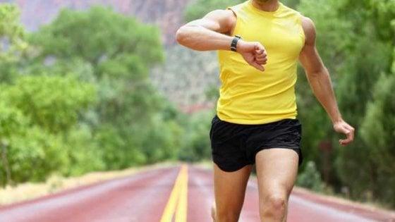 """Smartwatch & fitness tracker aumentano le calorie"