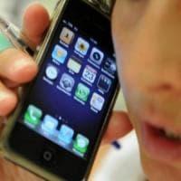 Il telefonino fa male alla salute? Da 20 anni la scienza si divide