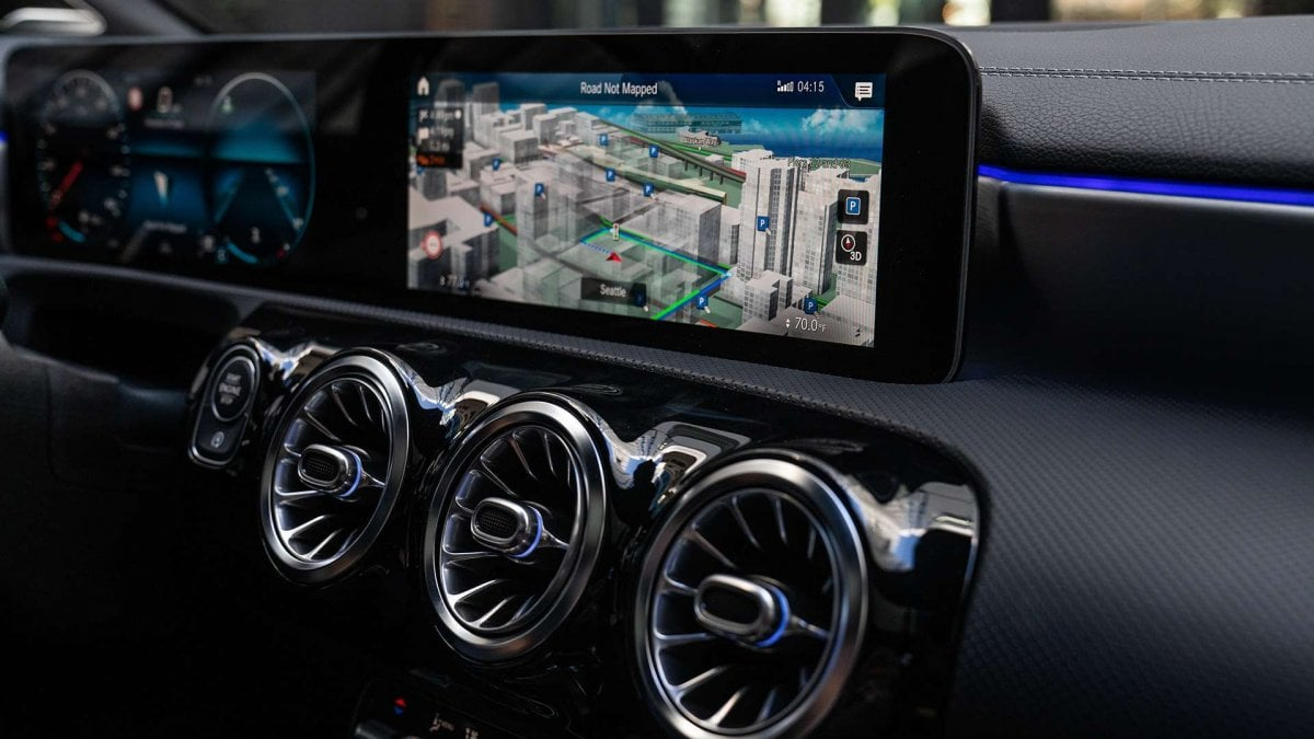 soiuri largi frumuseţe outlet online Tecnologia Mercedes, basta la parola - Repubblica.it