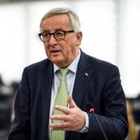 """Ue, M5s contro i commissari: """"Tagliare stipendi esorbitanti"""". La commissione replica:..."""