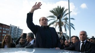 "Berlusconi: ""Mi candido alle europee per senso di responsabilità"" video"