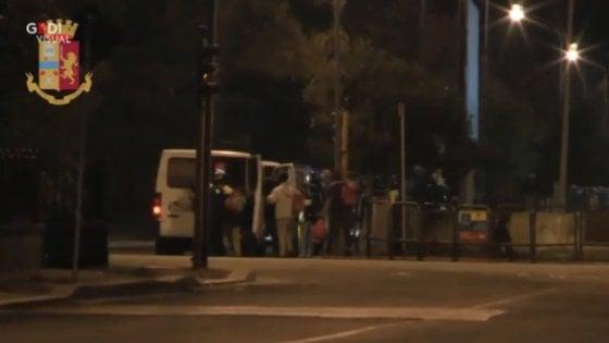 """Caporalato, migranti in """"condizioni disumane"""": arresti a Latina"""