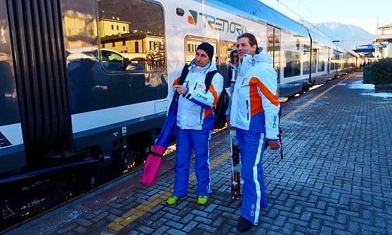 Sci senz'auto in Lombardia. Partono i treni della neve