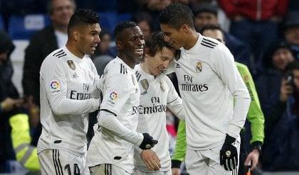 Il Real torna a vincere: 2-0 al Siviglia L'Atletico Madrid travolge l'Huesca 3-0