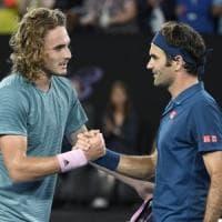 Roger Federer e Stefanos Tsitsipas, è il passaggio di consegne