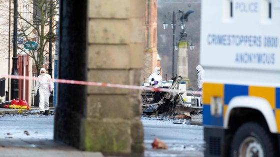 Irlanda del Nord, esplosione autobomba a Derry: due arresti