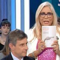 """Libro su Togliatti, Venier saluta Pallante. """"Solo un gesto per una persona anziana"""". Pd..."""